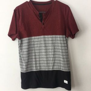 2/$20 Split Men's T-shirt Size Large